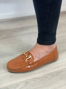 Tan Loafers - chichappensboutique