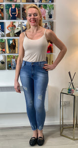 Distressed Stretch Jeans 1670 Mid Blue - chichappensboutique