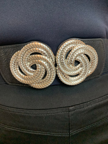 Stretch belt with knot buckle in gold or silver - chichappensboutique