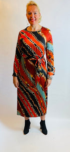 Chain Print Pleated Full Length Dress - chichappensboutique