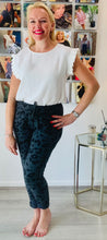 Load image into Gallery viewer, Essential Animal Turn Up Trousers - chichappensboutique