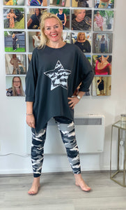 Camo Star Zip Sweatshirt - chichappensboutique