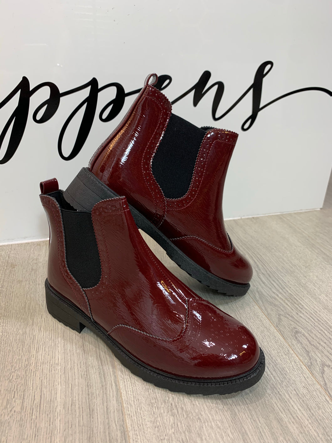 Wine Chunky Chelsea Boots - chichappensboutique