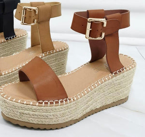 Tan Espadrilles - chichappensboutique