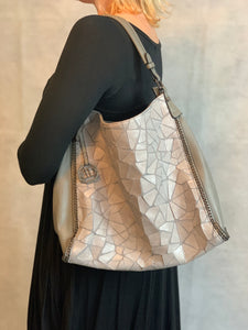Mosaic Tote - chichappensboutique