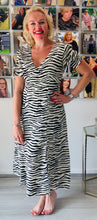 Load image into Gallery viewer, Eli White Zebra Dress - chichappensboutique
