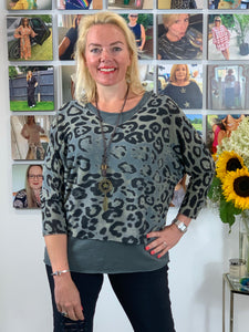 Three piece Animal Top (with two layers and a necklace) - chichappensboutique