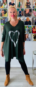 Super Soft Slouchy V-neck Heart Knit - chichappensboutique