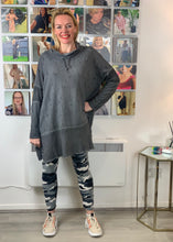 Load image into Gallery viewer, Jedi Longline Charcoal Top - chichappensboutique