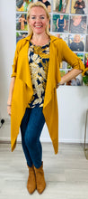 Load image into Gallery viewer, Stella Navy and Mustard Tropical Botanical Top - chichappensboutique