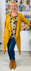 Stella Navy and Mustard Tropical Botanical Top - chichappensboutique