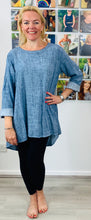 Load image into Gallery viewer, Button Back Tunic - chichappensboutique