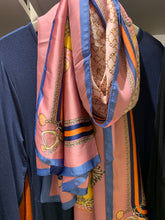 Load image into Gallery viewer, Satin scarf with chain detail - chichappensboutique