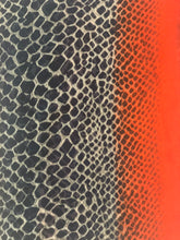 Load image into Gallery viewer, Snakeskin Spring Scarf - chichappensboutique