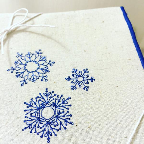 Snowflakes Dinner Napkins