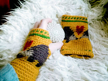 Load image into Gallery viewer, Hedgehog Fingerless Mittens, Crochet Gloves