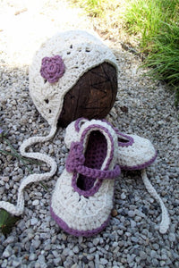 Newborn Baby Bonnet and Shoe Set, crochet baby girl hat and shoe set.
