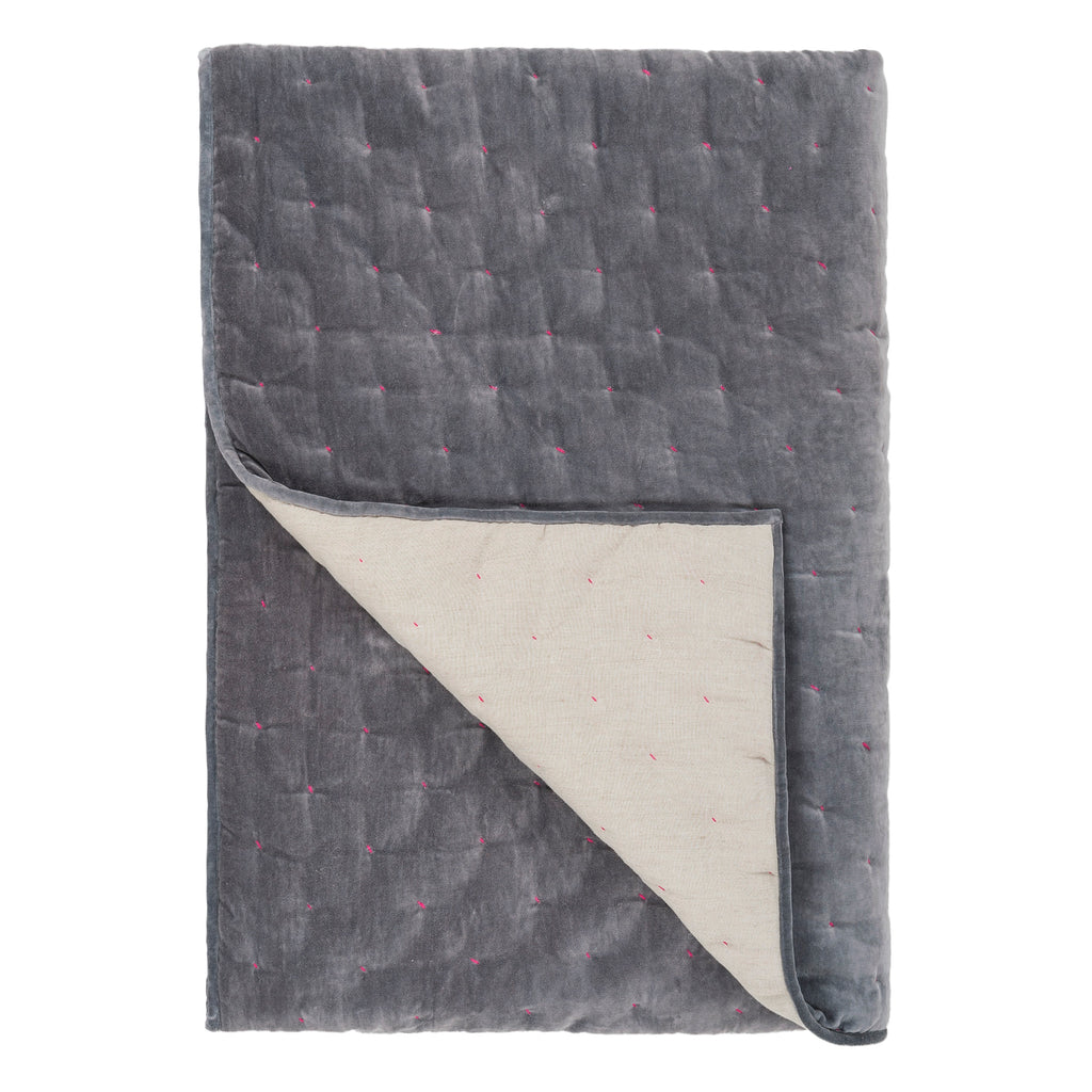 SEVANTI GRAPHITE & PINK QUILTED THROW