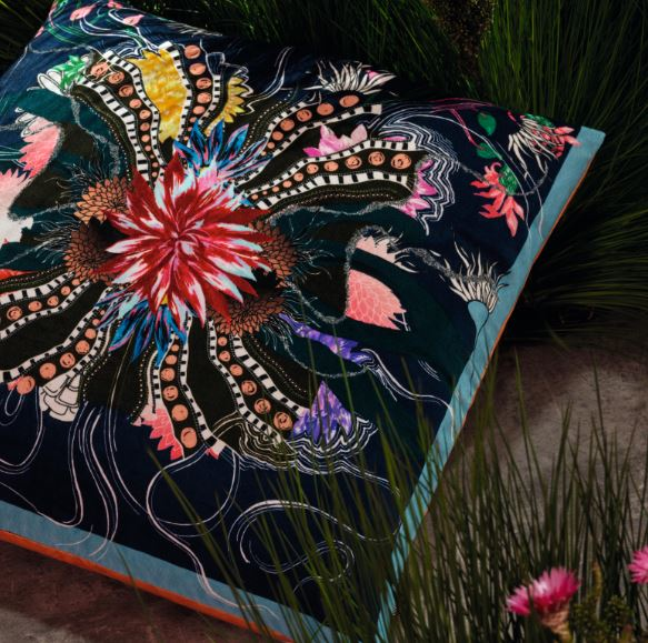 OCEAN BLOOMS RUISSEAU CUSHION