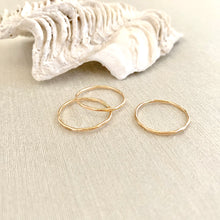 Load image into Gallery viewer, Be Light Rings - Set of 3