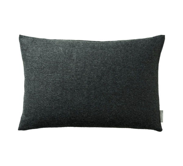 Silkeborg Uldspinderi ApS Arequipa Cushion 60x40 cm Cushion 0403 Dark Grey