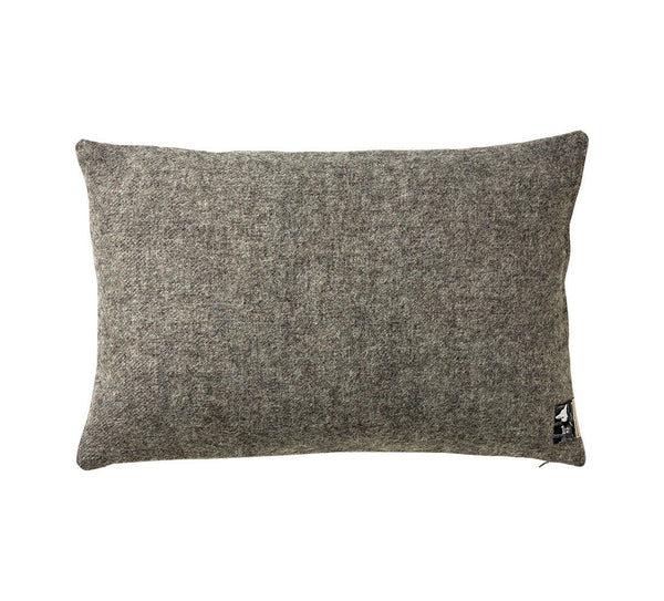 Silkeborg Uldspinderi ApS Gotland Cushion 60x40 cm Cushion 0116 Dark Nordic Grey