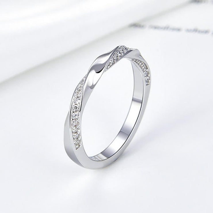 925 Sterling Silver Round CZ Ring