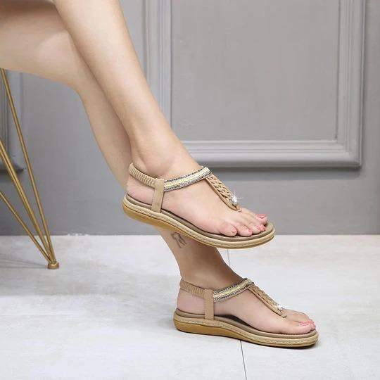 Women Summer Big Size Metal Decoration Crystal Shallow Hollow Women Beach Sandals Cut Out Clip Toe Wedges Heels Lady Shoes