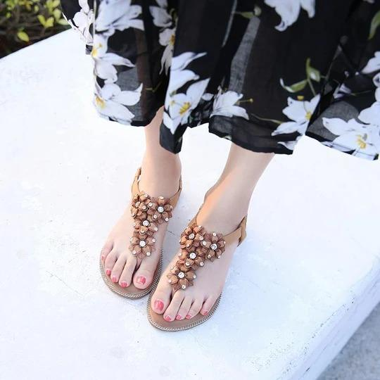 Women Beaded Summer Sandals Sweet Flats Comfortable Beach Sandals Flip Flops Casual Summer Shoes