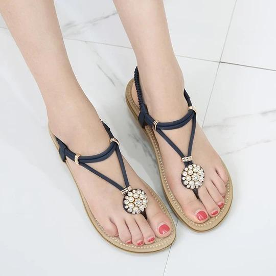 Woman new Fashion Leather Women Sandals Bohemian Beading Slippers Woman Fla ts Flip Shoes Summer Beach Sandals
