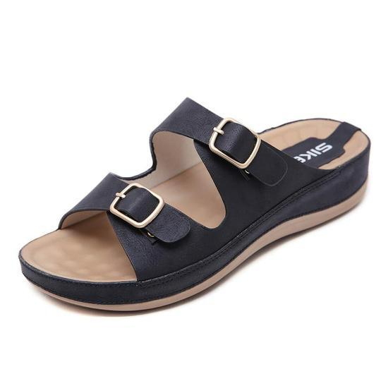 Women Summer Hot Sale Flip Flops Fashion Solid Color Metal buckle Flat Heel Sandals Outdoor Slipper Beach Shoes For Female