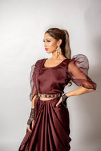 Load image into Gallery viewer, Maroon Ruffle Saree - Loose Stitch