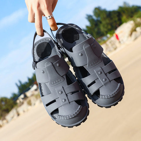 Men Closed Toe Slippers Beach Sandals Hole Casual Slippers
