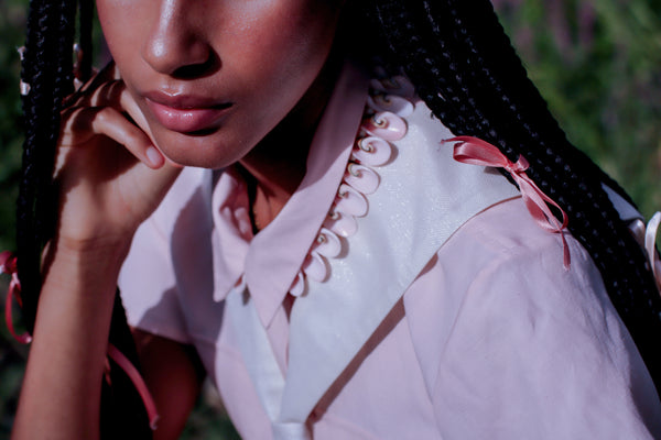 Holographic Hot Sand Sailor Collar