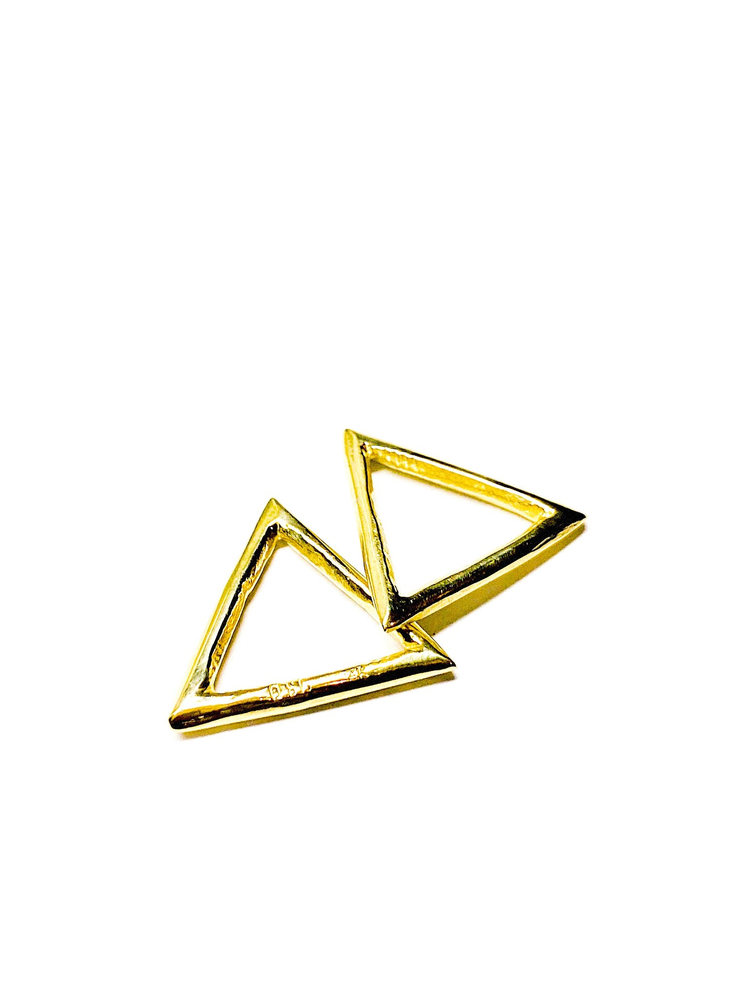 Delta - 14k Yellow Gold