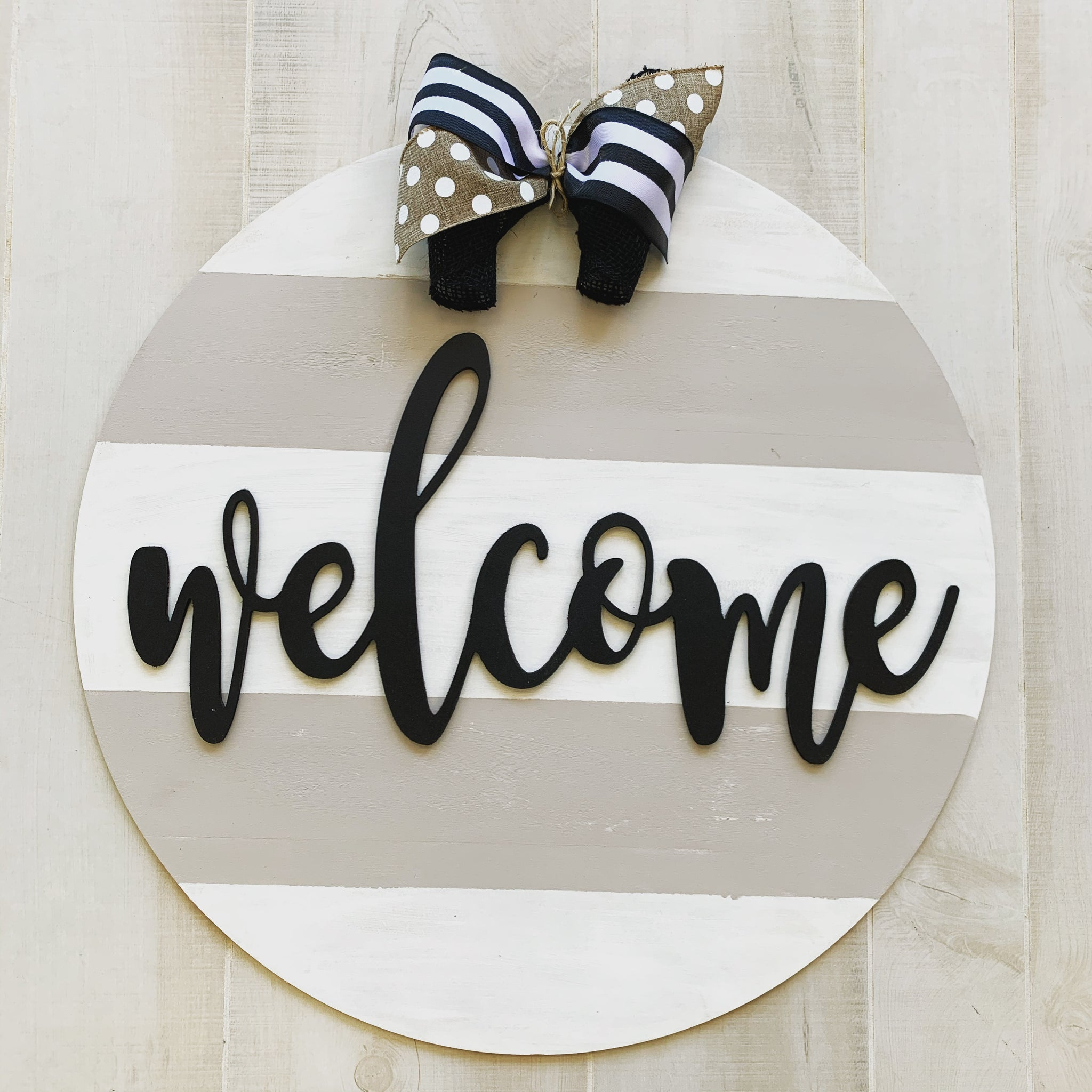 Welcome Hello Last Name Etc Circle Background Customizable Door Hang Woodworks And Wishes
