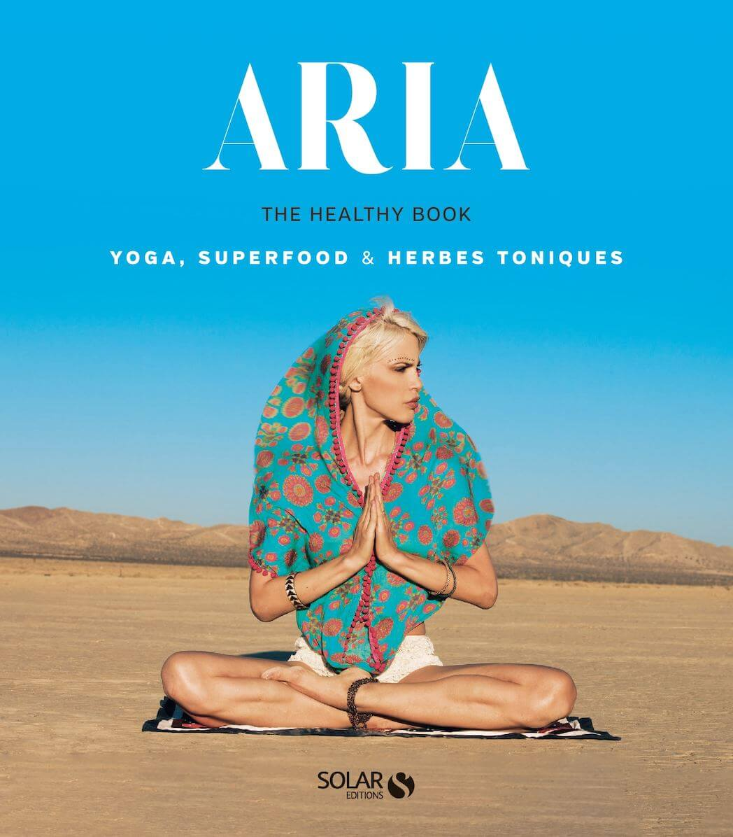 Livre Aria Crescendo Healthy Book yoga girl