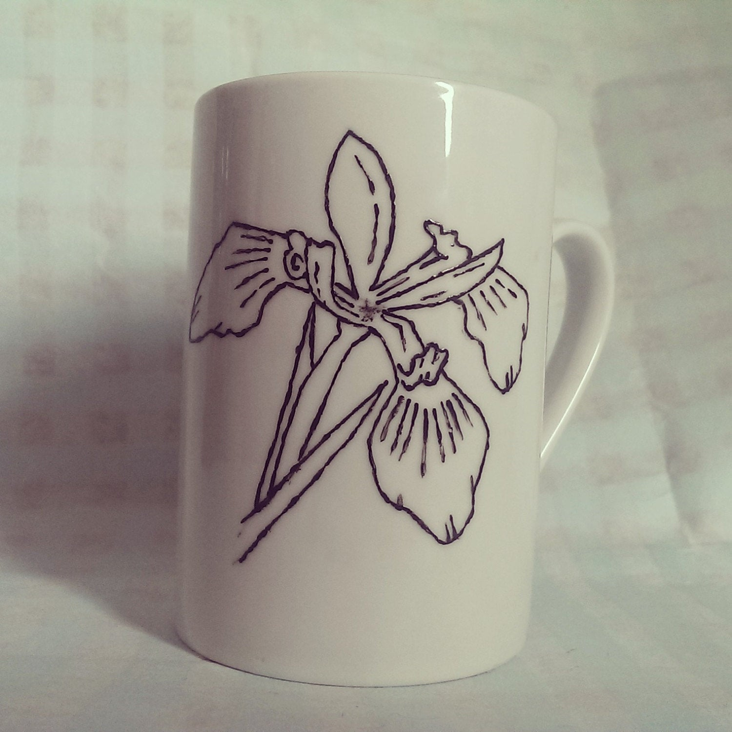 Sale Item! Hand Painted botanical drawing Iris cup - ByCandlelight27