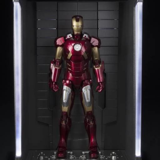 Tamashii Nations S.H.Figuarts Iron Man Mark VII and Hall of Armor Set