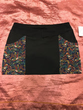 Load image into Gallery viewer, Pretty Floral Pocket Mini Skirt