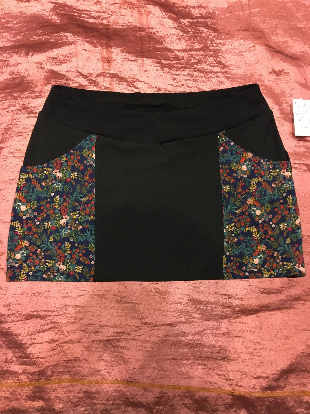 Pretty Floral Pocket Mini Skirt