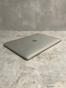 Apple MacBook Pro MPXQ2LL/A