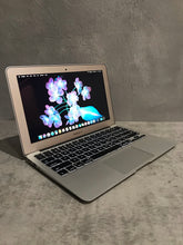 Load image into Gallery viewer, *Discounted Apple MacBook Air MD223LL/A
