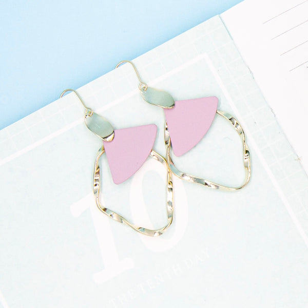 Pink swing earring