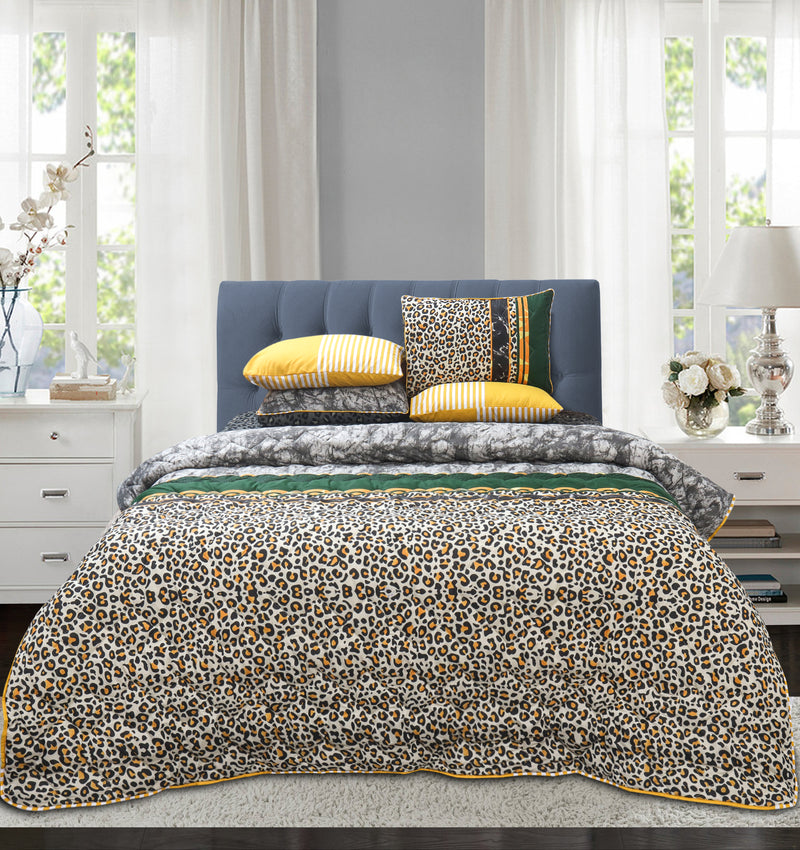 Quilted Reversible Bed Spread Set - Snow leopard