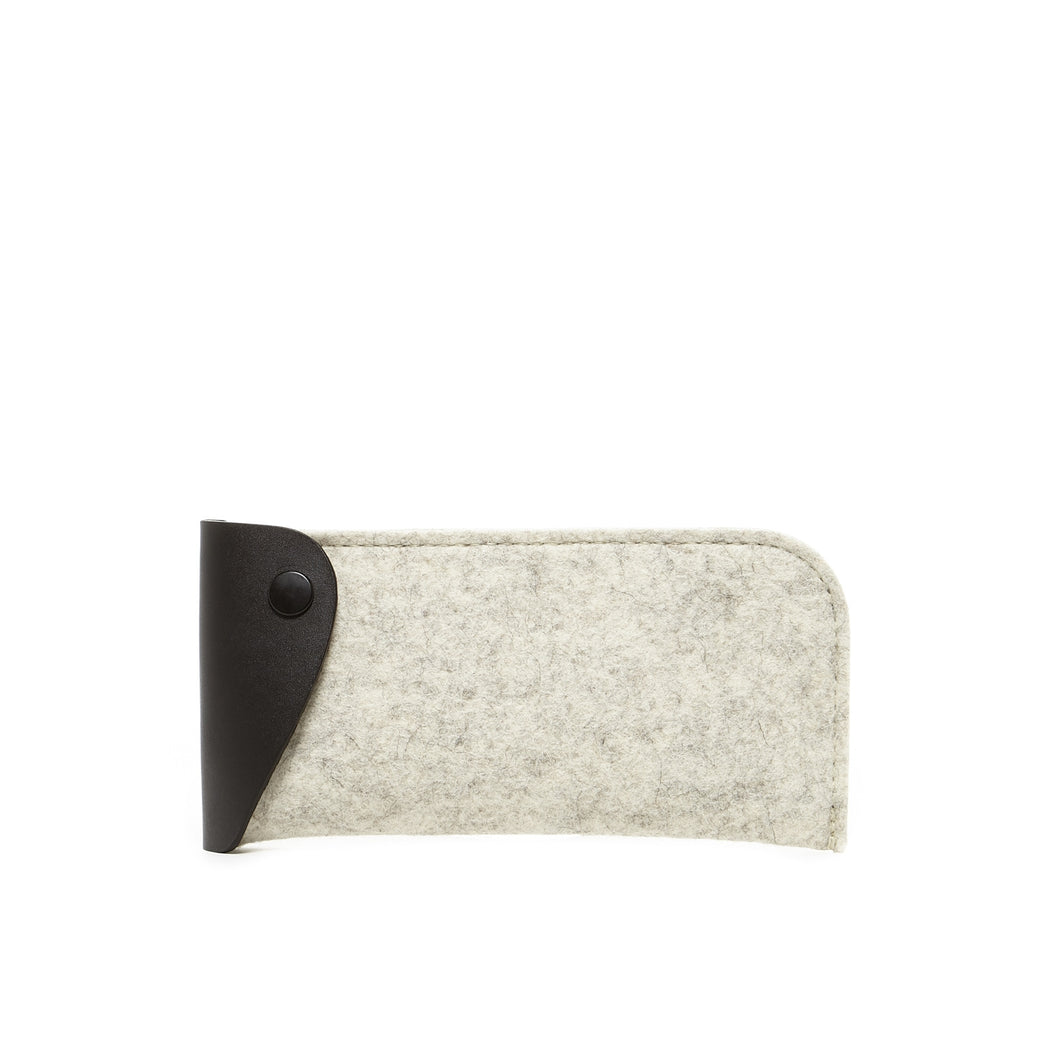 Anzen Eyeglass Sleeve Heather White Felt 1