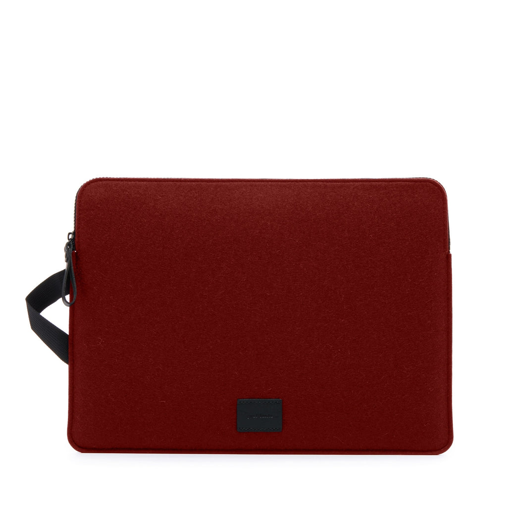 "Toto MacBook Pro 15"" (Pre-2019)   Tech Case - Graf Lantz"