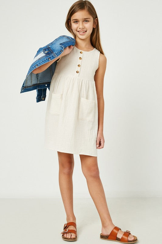 HAYDEN GIRL SLEEVELESS BUTTONED TEXTURED MINI DRESS