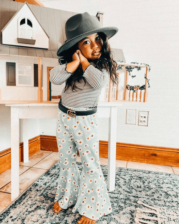 Lina Pleated Bell Bottoms - Darling Daisy