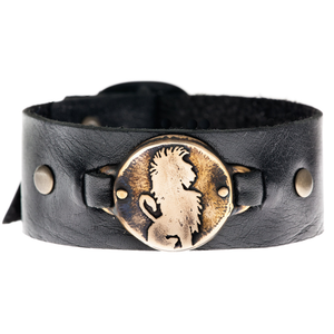 Lion - leather cuff bracelet in bronze